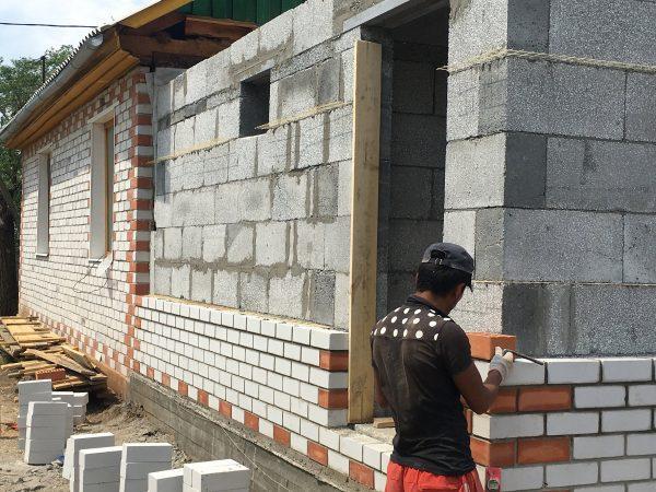 Отделка стен из полистиролбетонных блоков