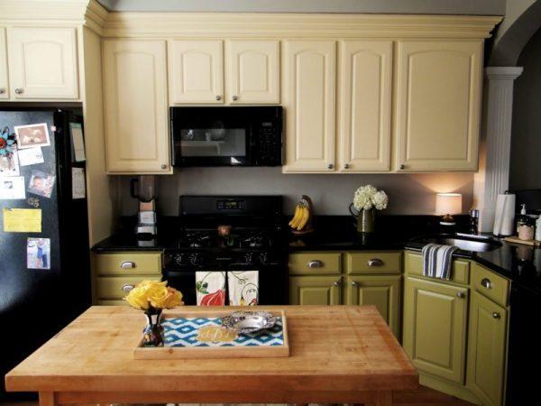 Перекрашенный кухонный гарнитур