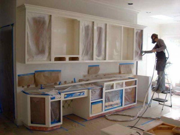 Покраска фасада кухонного гарнитура