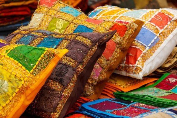 пакеты в качестве набивки для подушки