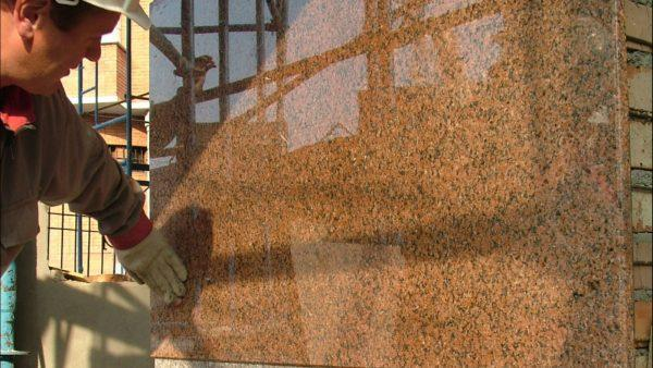 Монтаж гранитной плитки на клей