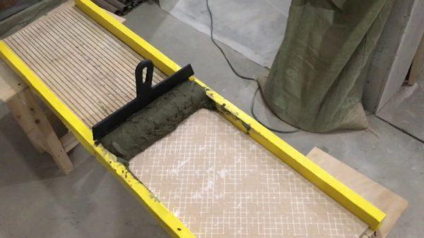 Станок для нанесения плиточного клея