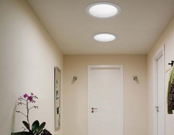Установка современных светильников