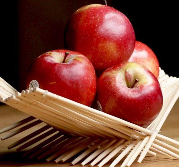 Самодельная ваза для фруктов