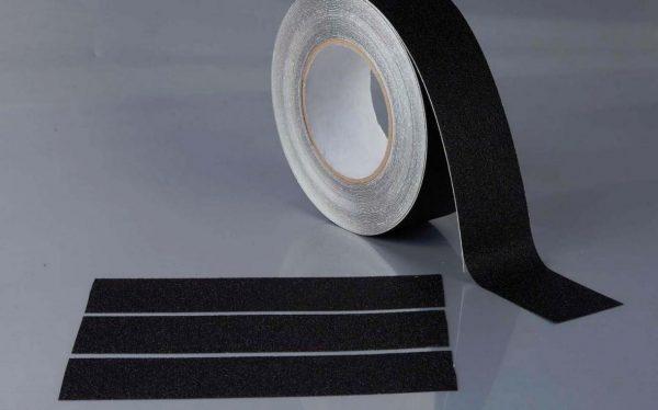 Антискользящая неабразивная виниловая лента с самоклеющейся поверхностью