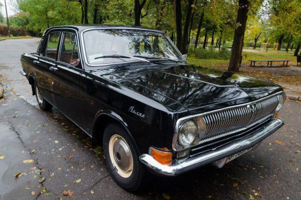 ГАЗ-24-24 «Волга» черная