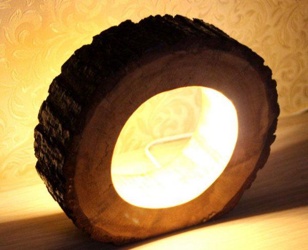 Лампа из бревна