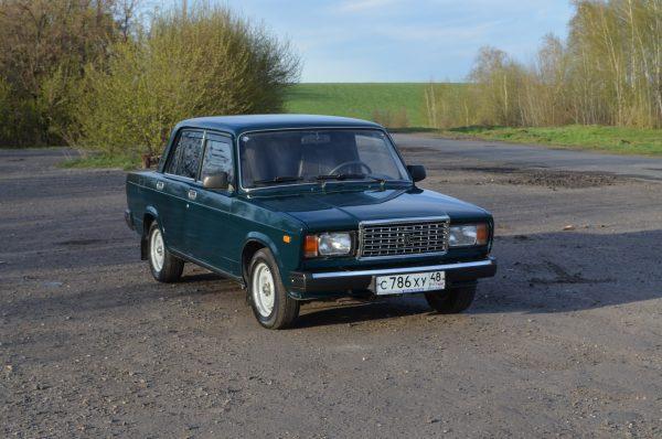 ВАЗ-2107 «Жигули» темно-зеленая