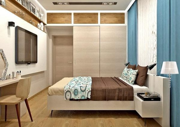 Шкаф с антресолью в спальне