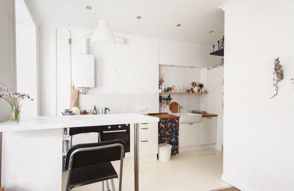 Кухня с газовым котлом в скандинавском стиле