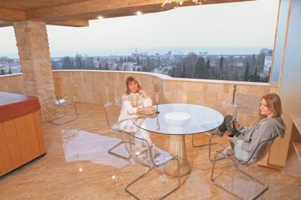 Вид из квартиры в Сочи
