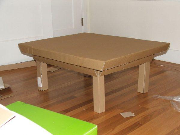 Журнальный столик из картона