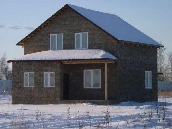 Дом из торфоблоков