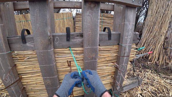 Станок для изготовления камышовых матов