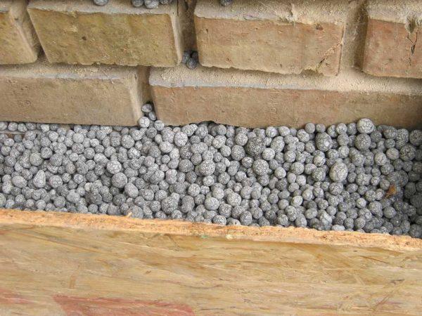 Теплоизоляция стен с помощью вспененного цеолита