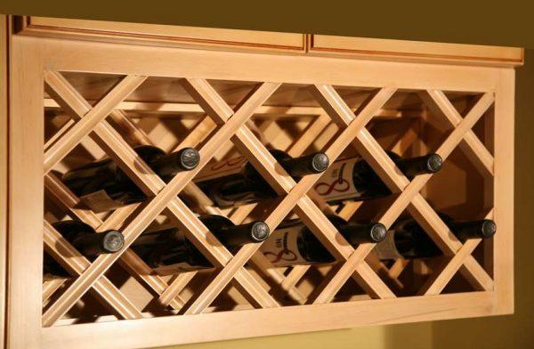 Винный шкаф с диагональными полками