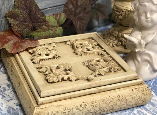Декор под слоновую кость