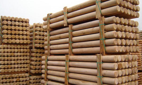 Деревянные столбики для забора