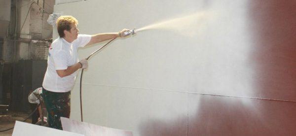 Нанесение жидкой теплоизоляции
