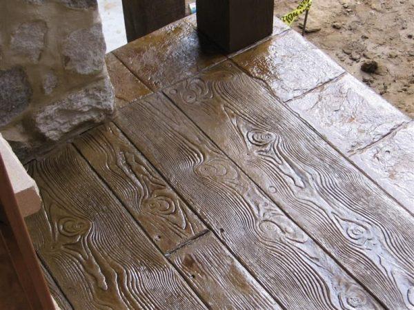 Декоративный бетон под дерево