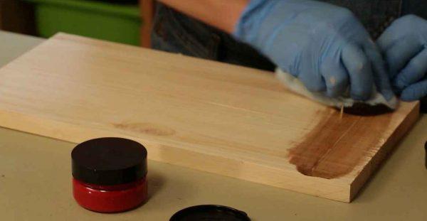 Декорирование древесины гуталином
