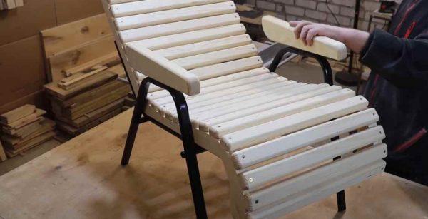 Кресло из офисного стула