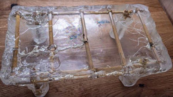 Ледяной столик из эпоксидной смолы