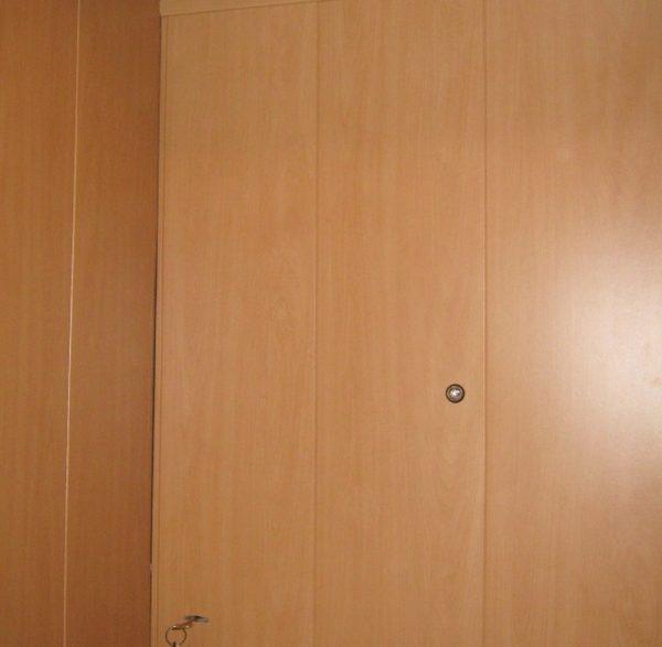 Отделка внутренней стороны двери ПВХ панелями