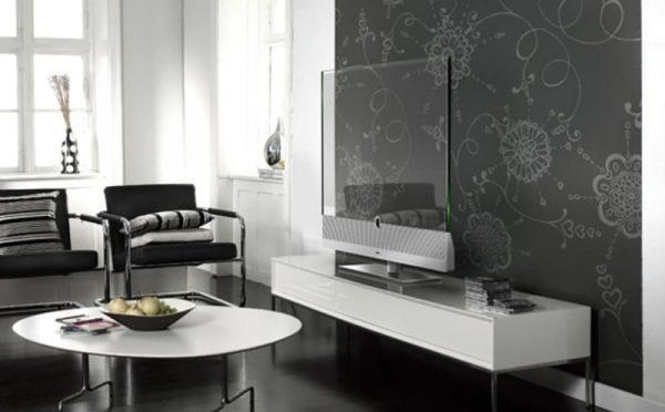 Прозрачный телевизор Loewe AG в интерьере