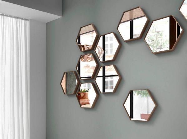 Зеркало шестигранное в раме